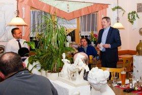 Jahreshauptversammlung 2014 mit Bürgermeister Joachim Neuß (re) und Vorsitzenden Andre Gradl (li)